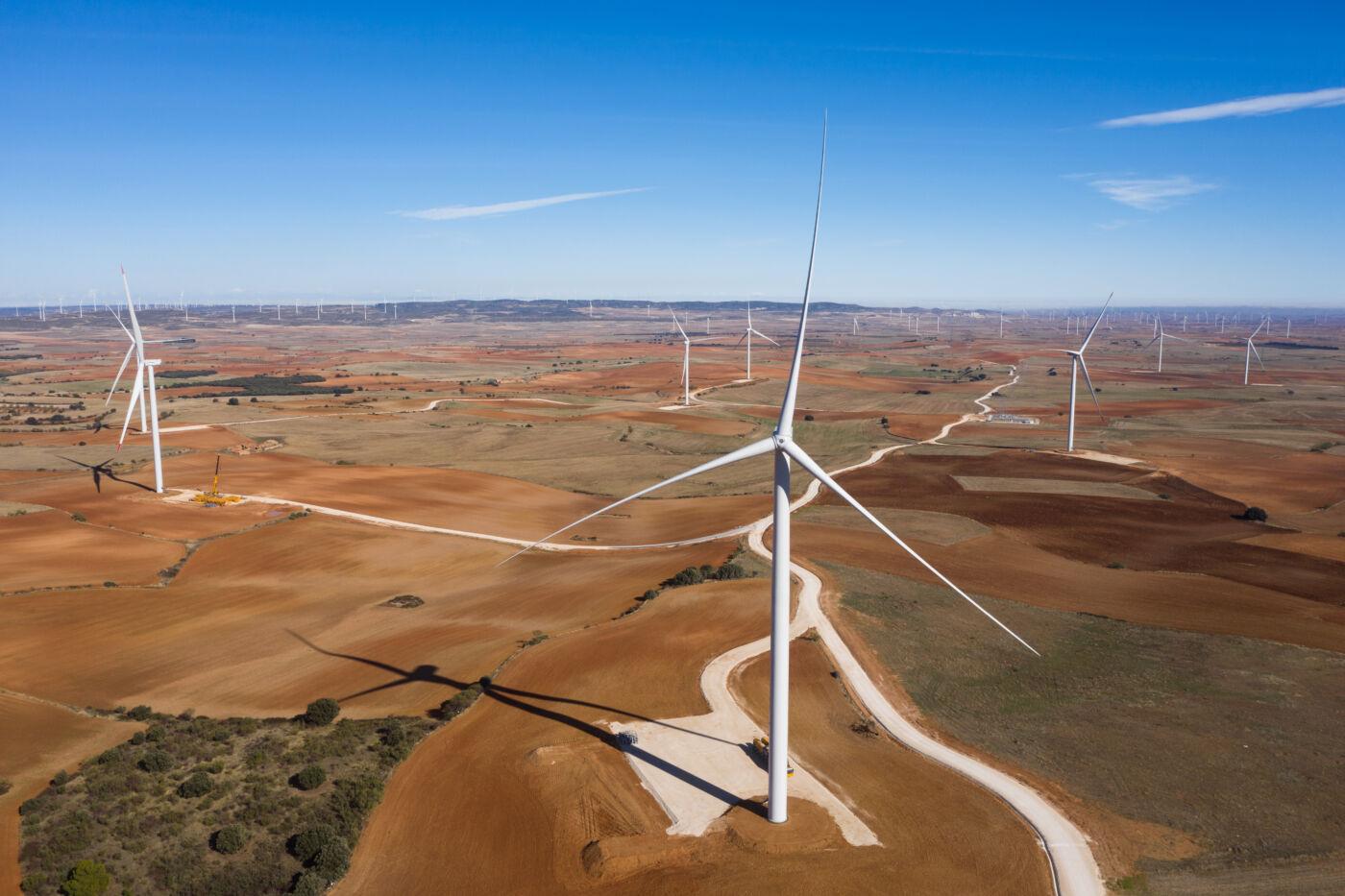 Eiffage Energía ha construido en 9 meses el Complejo Eólico Aguasvivas de Repsol en Aragón